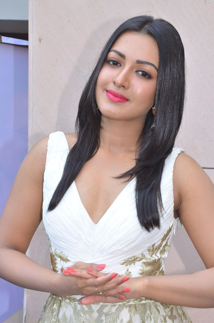 Catherine Tresa Hot Images, Stills, Photos