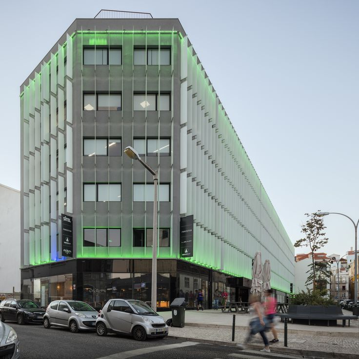 Edifício D. Luís I | Location: Lisbon | Typology: Retail & Offices | Photo by Fernando Guerra