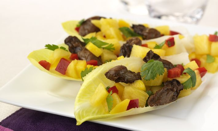 Healthy Recipes | Smoked Oysters and Pineapple-Mango Salsa Recipe | Made with canned smoked oysters | Ocean's