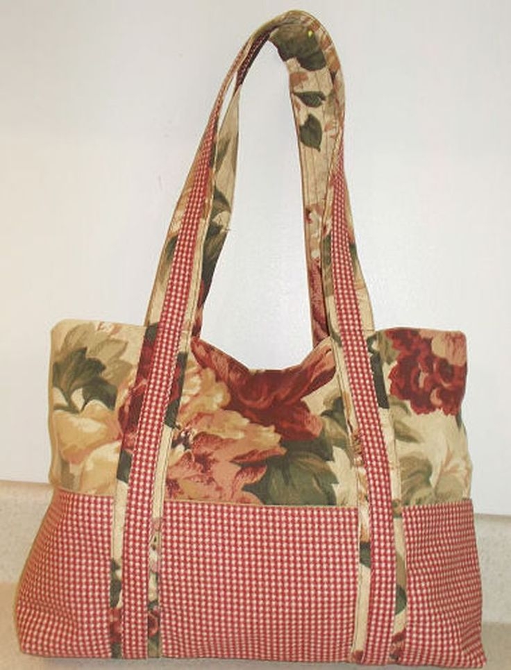 Sew a Classy Fabric Handbag with Two Two Fabric and Loads of Pockets!