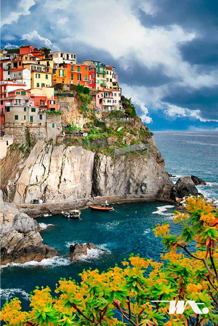 Banyak tempat menarik di Benua Eropa yang belum seluruhnya menjadi destinasi wisata para turis. Di Italia ada desa nelayan yang sangat terkenal yaitu Cinque Terre, atau dapat diartikan dengan 'Lima Desa' karena di kawasan Cinque Terre terdapat lima desa nelayan yang terletak di atas batu karang tepi laut Mediterania. Warna-warni rumah penduduk di desa Cinque Terre sangat cantik bila di lihat dari kejauhan. Hangatnya sinar matahari di musim panas sangat cocok untuk menemani perjalanan Anda…