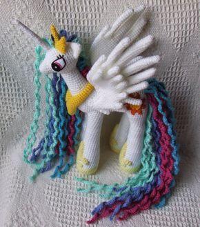 Patrón gratis en español de la Princesa Celestia - My Little Pony. Encontrarás muchos más patrones gratis en mi blog. Regístrate para estar informad@ de...
