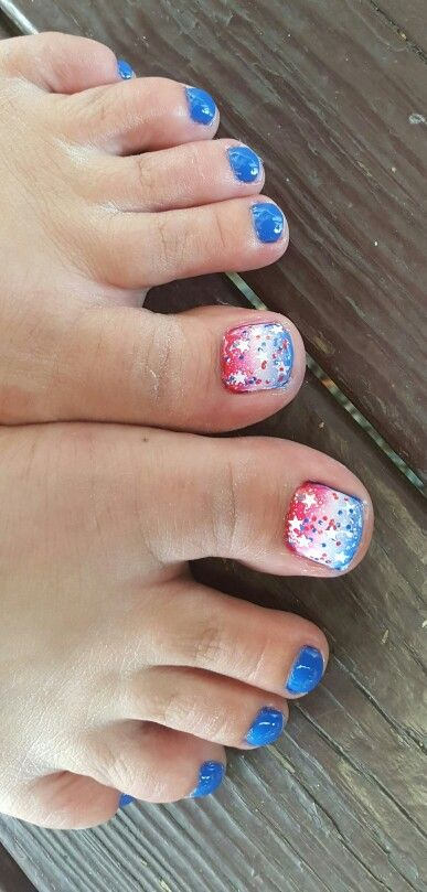 Fourth of July toe nails!