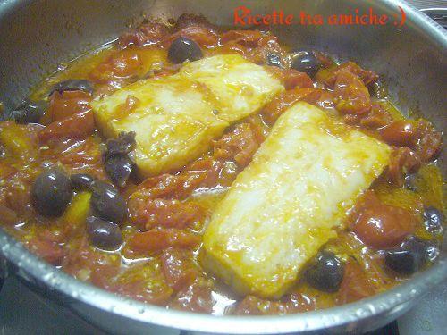 #Merluzzo con #pomodori e #olive #RicetteTraAmiche