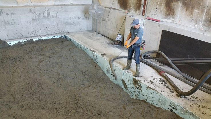 Construction de fondation en béton pour machine