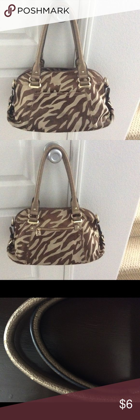 Cute Anne Klein Neutral Shoulder Bag - few flaws $$$ reflects minimal damage of wear to bottom (pictured,) one strap towards top which is hardly noticeable, and finally a few marks in the very bottom inside from makeup. This bag has lots of pockets and in my opinion is the perfect size for carrying everything you need! In its current condition I still receive lots of compliments! Inside is patterned the same as outside. Anne Klein Bags Shoulder Bags
