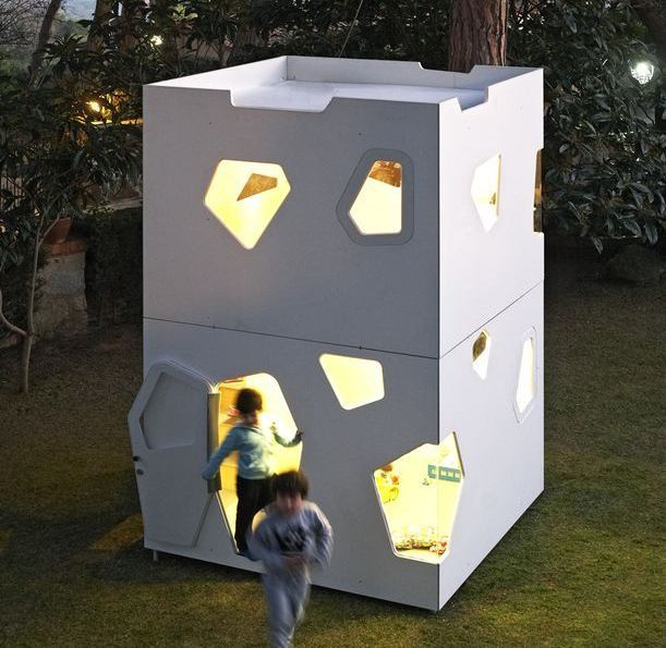 Kyoto Maxi kids playhouse. Modern design easy to assembly safest on market and very robust. (6200.00 EUR) by SmartPlayhouse