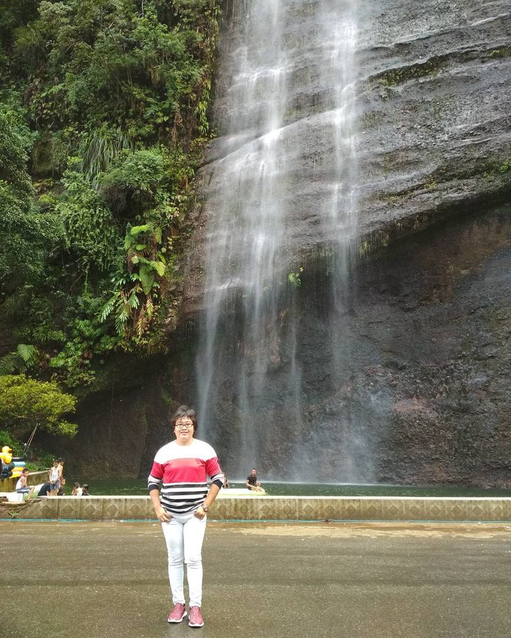 #padang #minang #sumbar #travelgram #jalanjalan #journey #wanderlust #travelphotography #picoftheday #traveldiaries #travelblogger #lovetravel #traveling #worldtravel #explore #instaphoto #awesome #instahappy #travel #airterjun #amazingtravelbeauty #indonesia #instagram #travellover #travelgirl #photography #exploreindonesia #pesonaindonesia #beautifulday #waterfall http://tipsrazzi.com/ipost/1509413447862091935/?code=BTyg4ibBICf