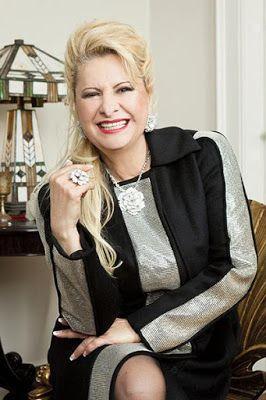 ♥ Empresária Lilian Gonçalves fala em otimismo com o novo governo ♥  http://paulabarrozo.blogspot.com.br/2016/09/empresaria-lilian-goncalves-fala-em.html