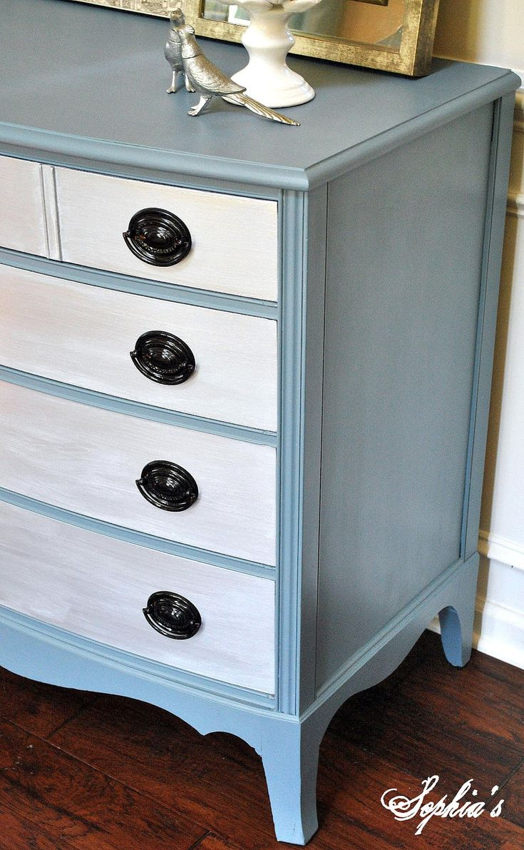 painted dresser two tone - sophiasdecor.blogspot.com