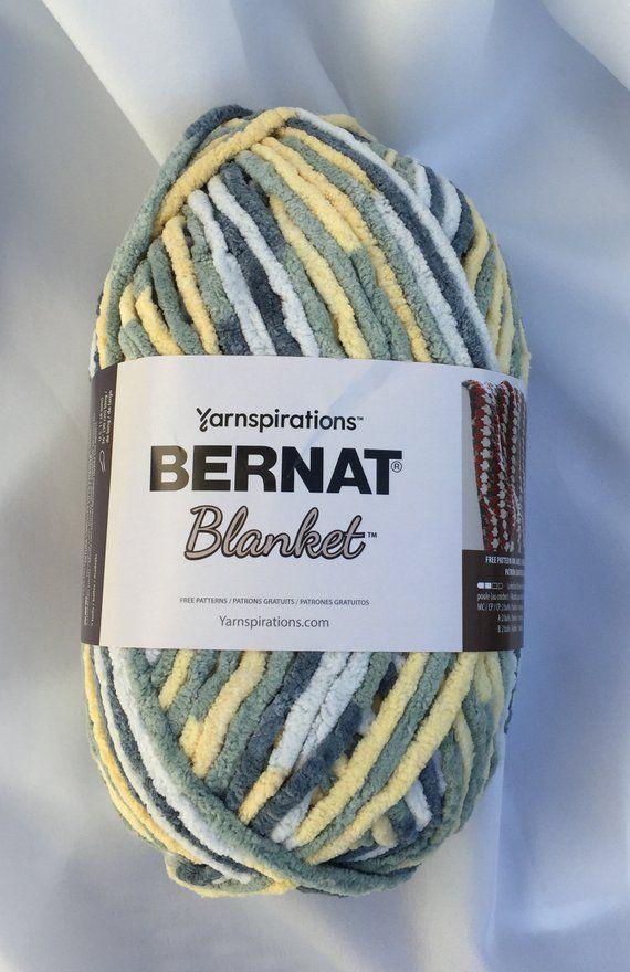 10.5 oz 1 Ball Bernat Blanket Yarn Soft Sunshine Green