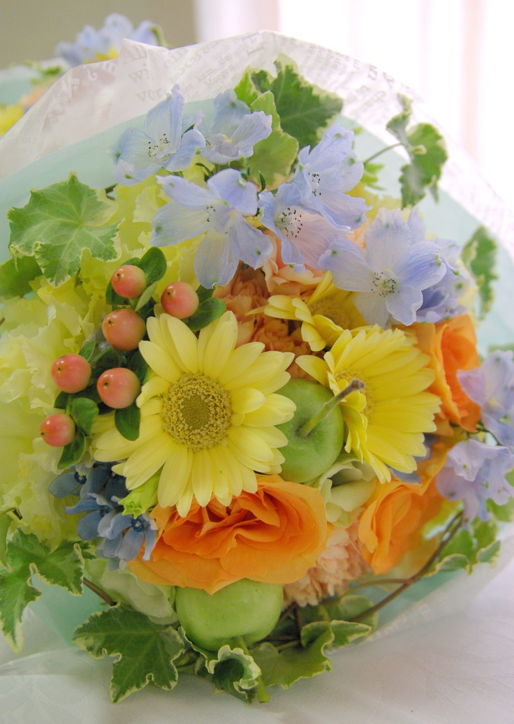 Real Weddings* Bouquet for presentation