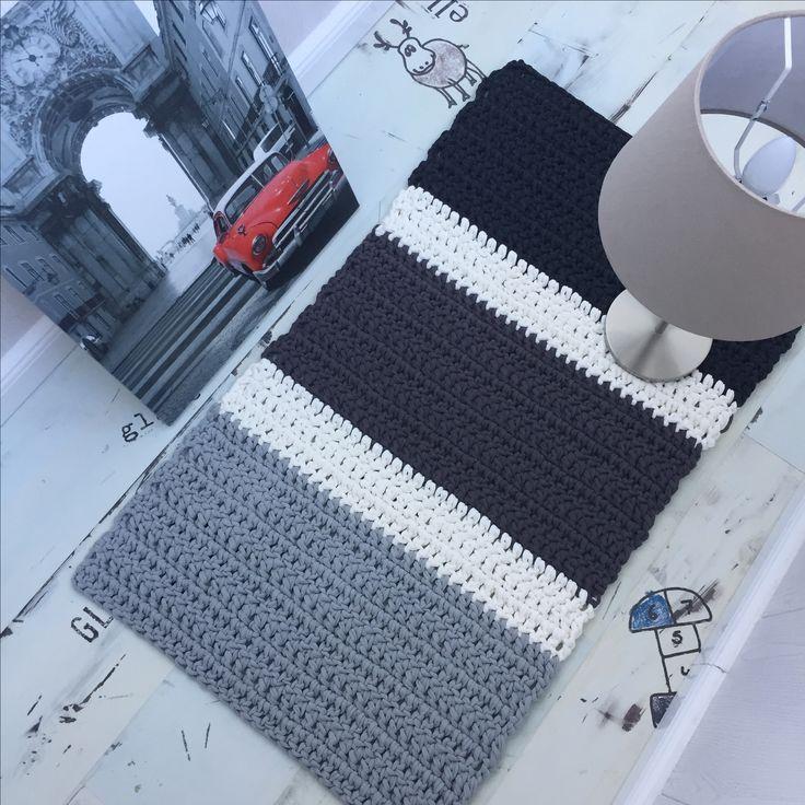 17 Best Ideas About Crochet Carpet On Pinterest