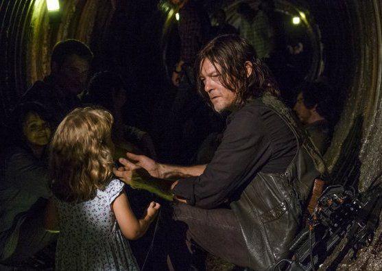Daryl Dixon and Judith, walking dead