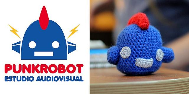 PunkRobot amigurumi by antonia maría parmenia, via Flickr #Amigurumi #Crochet #DigitalArt