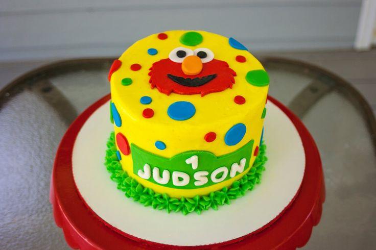Sesame Street Elmo Smash Cake