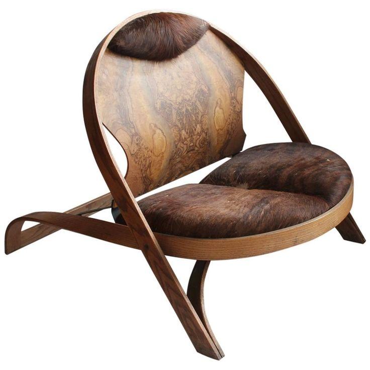 Spectacular Chair by Richard Artschwager
