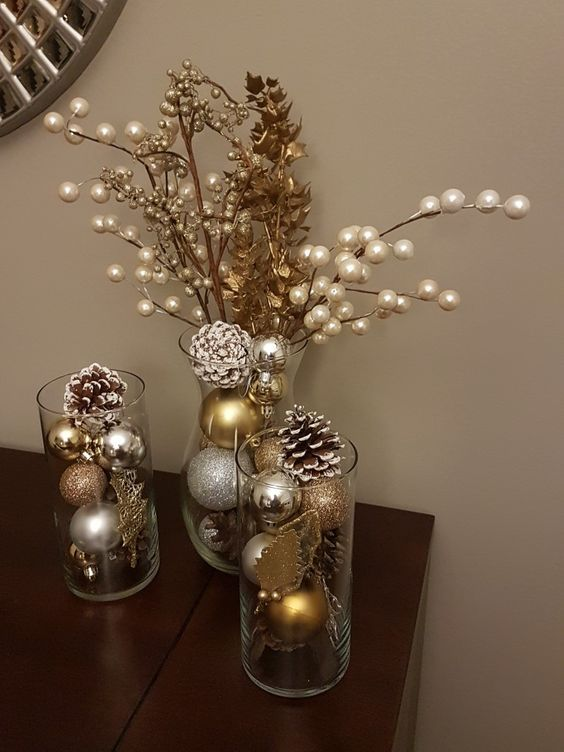 super 30 Creative and Inspiring Gold Christmas Decor Ideas