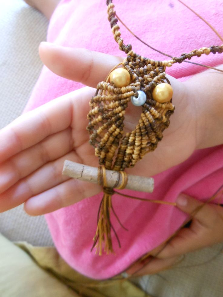 macrame owl with pearls and silver clasp (925)