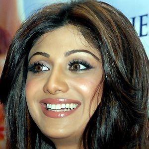 Shilpa Shetty - Bio, Facts, Family | Famous Birthdays