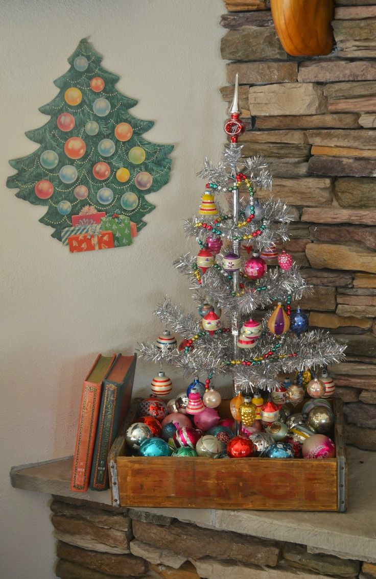 25 Unique Tinsel Tree Ideas On Pinterest Tinsel Christmas Tree Silver Tinsel Christmas Tree