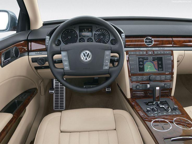 Volkswagen Phaeton - Interior.