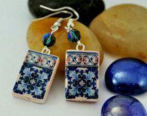 Par de pendientes con réplica de azulejo portugues y cristal de Swaronsky