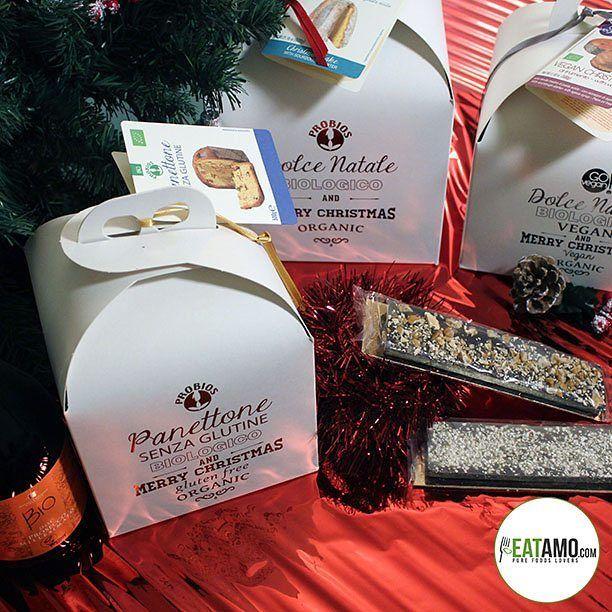 Benvenuto #dicembre! Il mese delle feste, dei regali, dei #panettoni e della felicità dei bambini! 👦👧 Noi abbiamo pensato a tutti: vi proponiamo un #natale Bio, Senzaglutine e Vegano!  Buon mese! 🌲 #eat #eatamo #amo #dicember #dicembre2016 #unodicembre #festa #natalizio #navidad #christmas #pandoro #cioccolata #regali #glutenfree #veg #vegan #veganfood #veganok #senzaglutine #bio #organic #foodinstagram #food #instafoodie