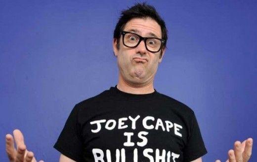 """#Punk news: JOEY CAPE: video di """"Moral Compass"""" e """"This Life is Strange"""" http://www.punkadeka.it/joey-cape-video-di-moral-compass-e-life-strange/ Il frontman dei Lagwagon ha rilasciato il video di Moral Compass e This Life is Strange, pezzi tratti dal nuovissimo album """"Stitch Puppy"""" che uscirà il prossimo 4 settembre per Fat Wreck Chords. Joey Cape (realizzatore in prima persona dei video) si appresta dunque all'uscita di..."""