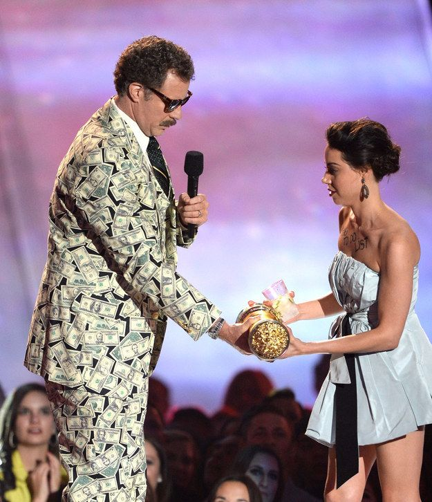 Aubrey Plaza pulled a Kanye by running onstage to steal Will Ferrell's award for Comedic Genius. | 25 Of The Craziest Moments In MTV Movie Awards History