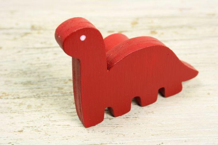 bouton de meuble dinosaure rouge en bois peint b b et rouge. Black Bedroom Furniture Sets. Home Design Ideas