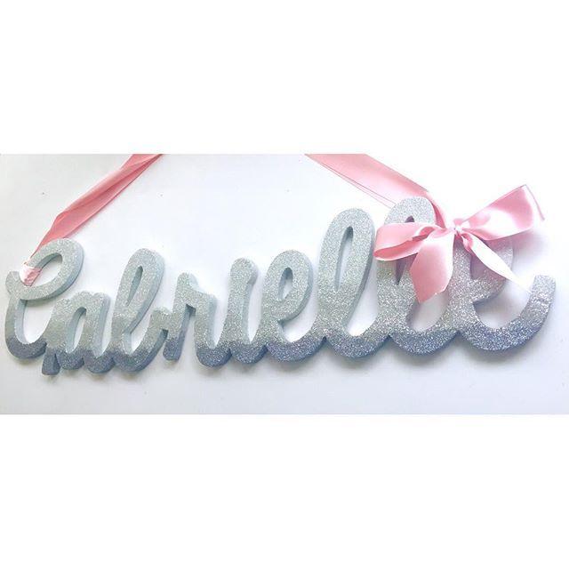 Morning ✨ . . . . #ombre #glitter #ribbon #silver #mpsandtsc #uniquepartygifts #smallbusiness #kidsinteriors #childrensinteriors #kidsparty #childrensroom #playroomdecor #handcrafted #nurseryinspo #partystyling #personalised #customorder #homedecor #nurserydecor #partydecor #kidsroom #wallart #playroom #kidsinteriors_com