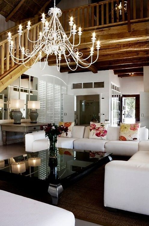 White Living Room / Wohnzimmer