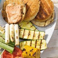 Veggie-Burger mit Ricotta-Käse #BrigitteMagazine (in german)