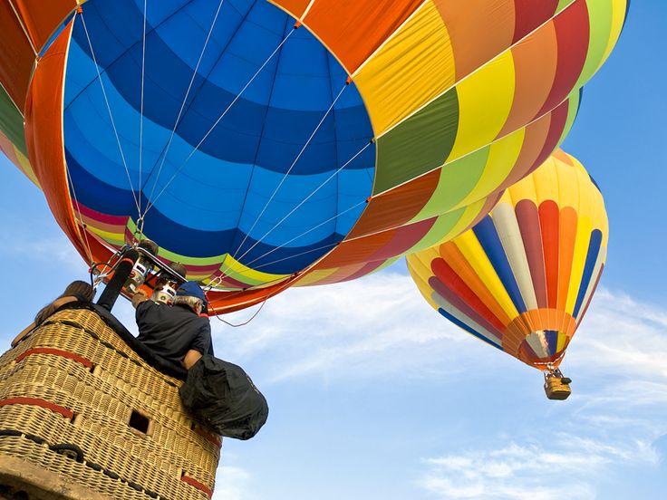 ¿Quieres participar de uno de los eventos más divertidos y coloridos de León? ¿Soñaste alguna vez con hacer un viaje en globo? Descubrí de que se trata el #FestivalDelGlobo #Guanajuato #Mexico