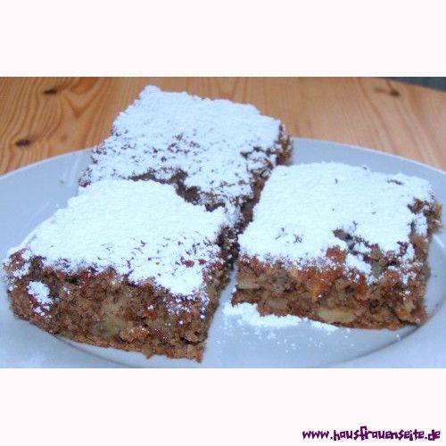 Walnuss-Apfelkuchen saftiger Apfel-Walnuss-Kuchen mit Zimt vom Blech - einfaches Rezept vegetarisch laktosefrei