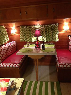 I can see myself playing a game of double pinochle here. Very Nice, Rare Vintage 1950 25' Ironwood Travel Trailer