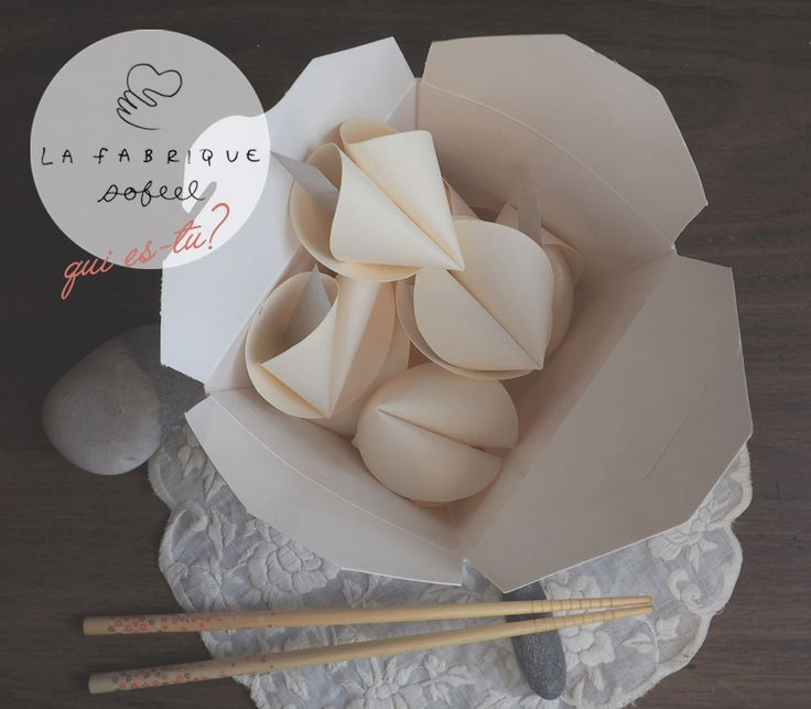 Cutie paper fortune cookies with the Sofeel touch!! Inside each one, your true self. Yes yes..  #papercraft #fortunecookie #gift #dinnerparties #dinner #guests #original #greetings