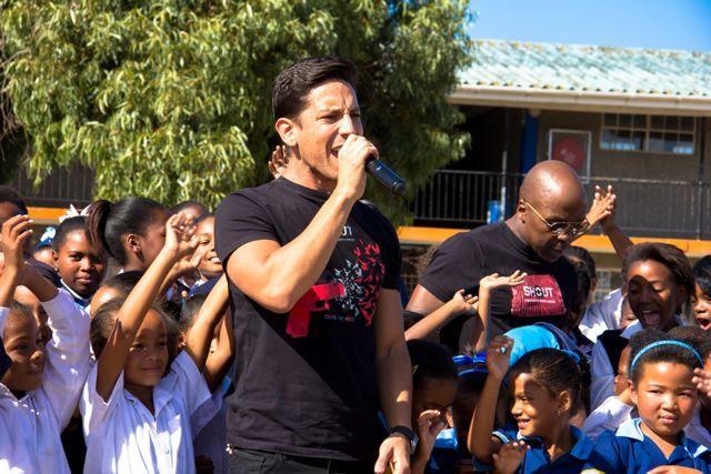 Danny K and Kabelo singing