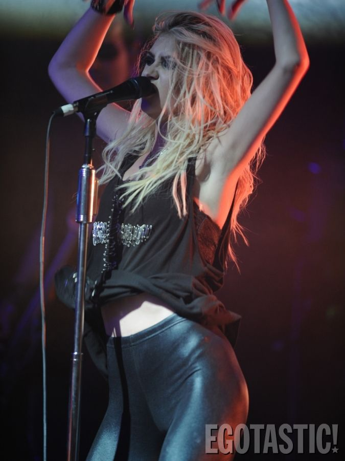 285 best images about The Pretty Reckless on Pinterest ... Taylor Momsen Live