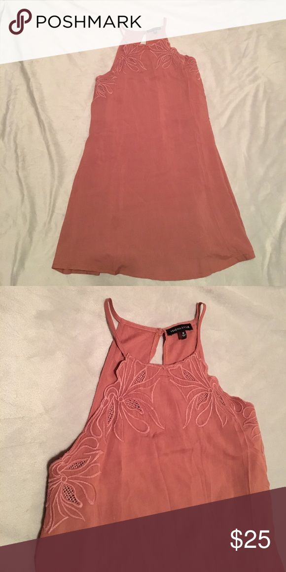 Blush colored Kendall and Kylie dress Adorable Kendall and Kylie loose fitting dress. Perfect for spring or summer, the top is high necked with floral detailing. Buttons in the back and it's comfy and flowey. I ❤️ offers! Kendall & Kylie Dresses