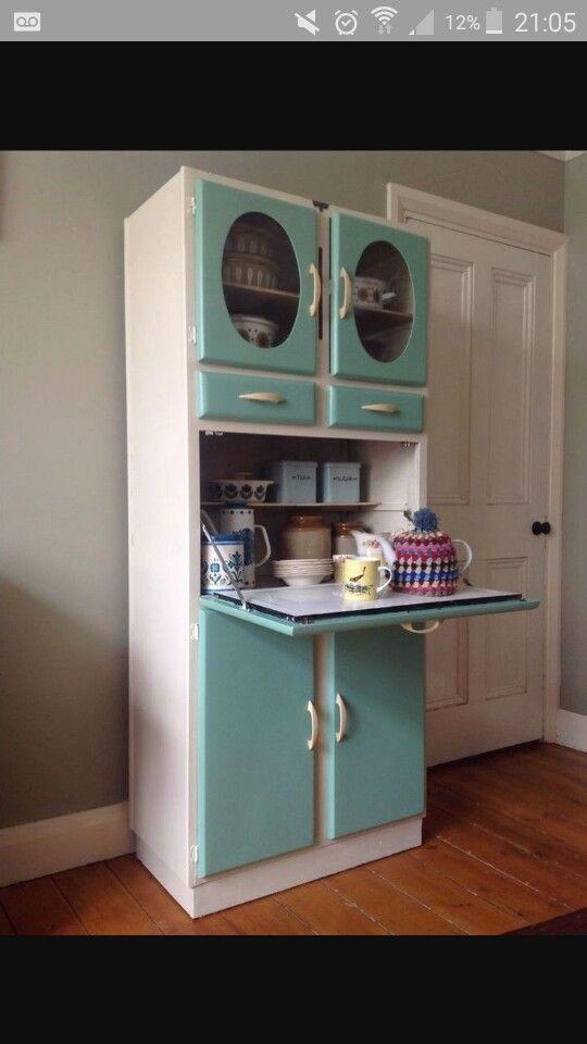1950s kitchenette