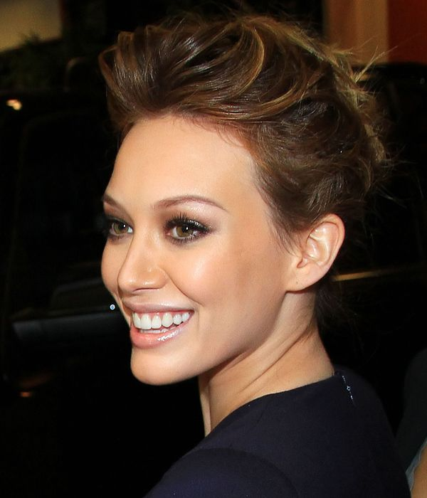 Hilary Duff, I'm not going to read your book—but I WILL listen to your advice about how to wear brown eyeshadow
