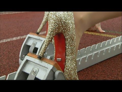 weird!! Fastest 100m in high heels in Guinness World Record attempt