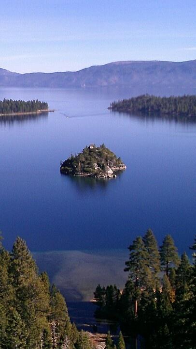 Lake Tahoe California Galaxy Note 3 Wallpapers Hd 1080x1920: Lake Tahoe California. The Deepest Fresh Water Lake In