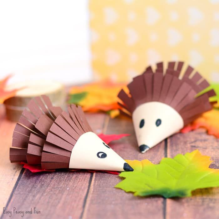 Ready for fall craft ideas? We certainly are and are excited to share this cute hedgehog paper craft with you all! These are not only fun to make, they will also make the most wonderful kids made decoration both for home and for the classroom. *this post contains affiliate links* One of my favorite animals …