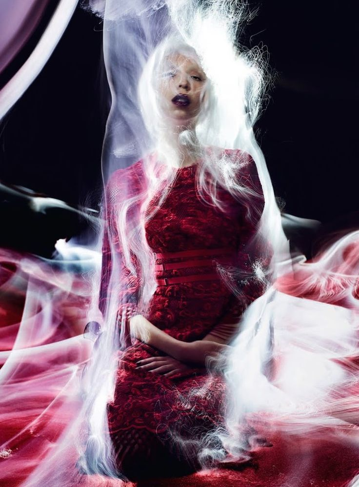 """Issa Lish in """"In The Dreamy Red Mood"""" by Solve Sundsbo for Vogue Italia, March 2015"""