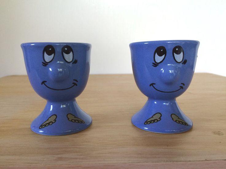 Footed Egg Cup Holder Set of 2 Protruding 3D Nose Blue Funny Face Emoticon