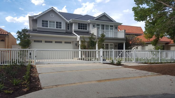 Hampton style fence with sliding gate