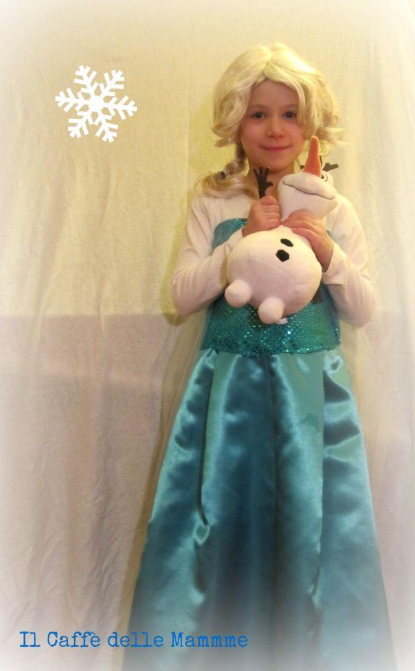 Volete realizzare un costume di Elsa Frozen fai da te in meno di un'ora?Seguite il mio tutorial! #elsadresstutorial #frozendresstutorial #elsadressdiy